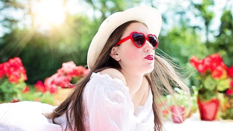re-pretty-woman-812878_1280