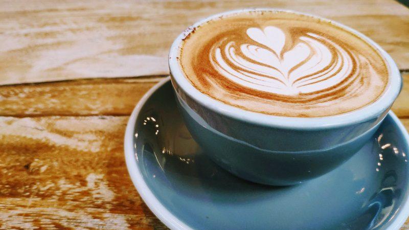 大好きなコーヒーを絶ったら、酷い生理痛がやわらいだ話